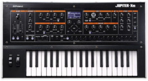 Roland JUPITER-Xm – Portable Battery Powered Synth