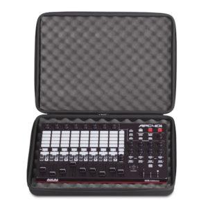 UDG Creator Controller Hardcase Medium Black – U8301BL